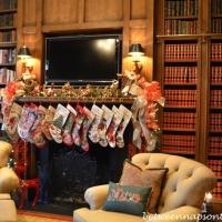 Ten Beautiful Holiday Libraries